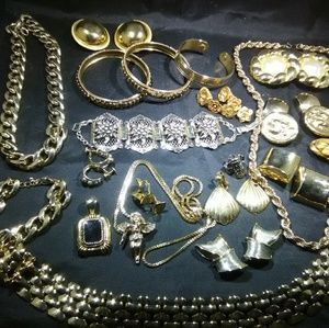 Gold jewelry lot high quality Vintage modern woman